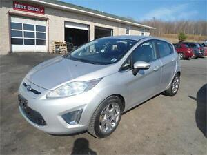 Most beautiful fiesta! 2011 , automatic, bluetooth ! SES model!
