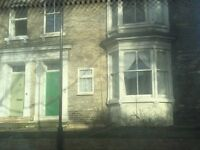 bedsit in darlington close to town center