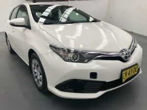 2017 Toyota Corolla ZRE182R MY17 Ascent White 7 Speed CVT Auto Sequential Hatchback Fyshwick South Canberra Preview
