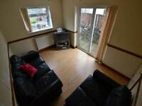 6 bedroom house in Richard Street, Cathays, Cardiff