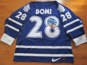 Tie Domi Autographed Maple Leafs jersey with Fight Strap Size 52