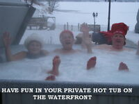 OPEN ALL YEAR LOW SEASON RATES - PRIVATE HOT TUB-SAUNA