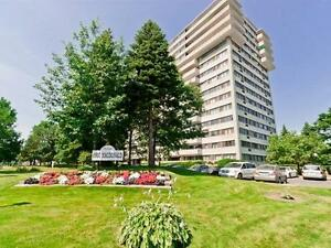 Luxurious Large condo, for sale ,2 bed,2 bath in Cote Saint Luc