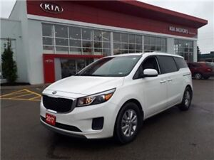 2017 Kia Sedona Apple Car Play ~ Heated Seats ~ Perfect!