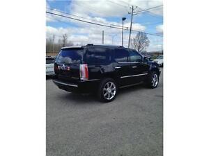 2009 Cadillac Escalade AWD*NAVIGATION*DVD 7 PASSAGERS