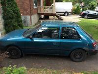 ***1992 Mazda 323 Coupé (2 portes)*** - FAITES UNE OFFRE
