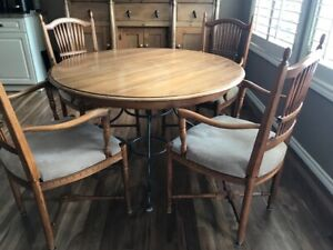 Ethan Allen Wooden Kitchen Table W Wrought Iron Base 4 Chairs