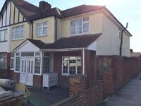 5 Bedroom end terraced house to let in Greenford