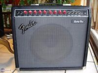 Fender Deluxe 85 Amp Amplifier With Effects Pedals = Radiohead - Johnny Greenwood