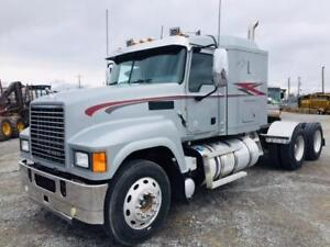 2014 Mack CHU613 Pinnacle Heavy Spec Truck