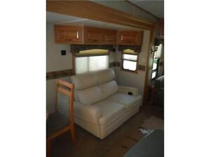 2008 Carriage Cameo 35SB3 Luxury 5th Wheel Trailer with 3 Slides Stratford Kitchener Area image 6