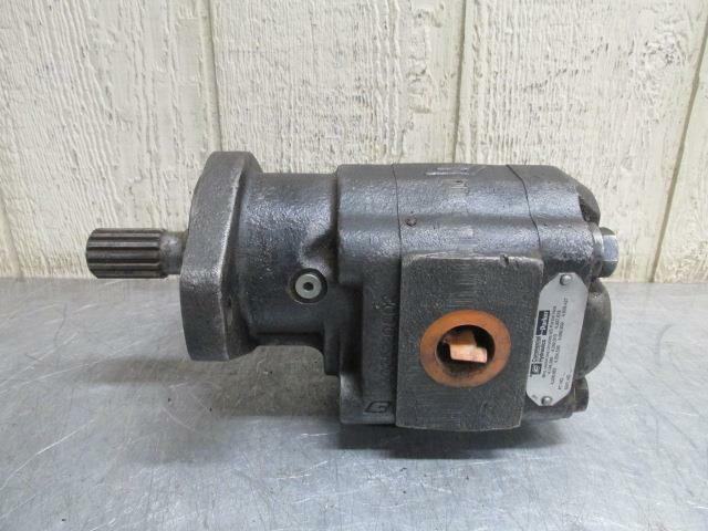 Commercial Parker No. 3039310346 Hydraulic Gear Pump