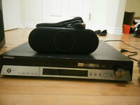 Samsung HT-X50 Surround Sound with PS-WX50 Sub w/stands