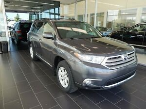 2013 Toyota Highlander V6, Accident Free, Local Vehicle