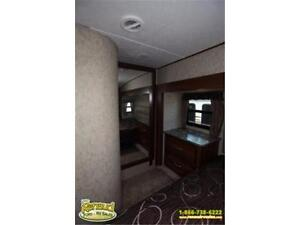 New 2017 Forest River Wildcat 323 MK 5th Wheel Windsor Region Ontario image 7