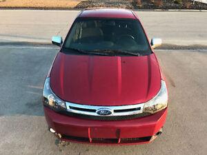 2011 Ford Focus Sedan LOW KMS