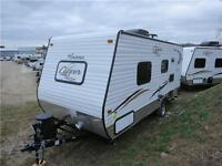 **ULTRA LIGHTWEIGHT! **COUPLES UNIT! **TRAVEL TRAILER FOR SALE!