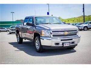 2013 Chevrolet Silverado 1500! CREW CAB! LOW KMS! 4X4! $190 B/W!