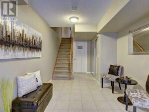 Fabulous 2 Bed/2 Bath Town in Central Milton! Just Listed!!! Oakville / Halton Region Toronto (GTA) image 3