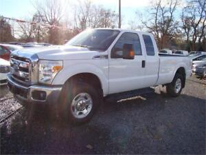 2014 Ford Super Duty F-250 XLT 4X4 Bluetooth Tow package Loaded