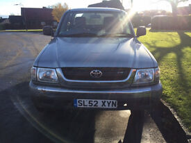 *** TOYOTA HILUX - FSH + EVERY MOT FROM NEW ***
