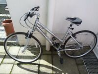 bike giant cypress se 21 speed bike suitable for tall lady very little used.36inches from floor