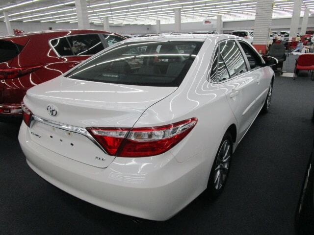 Image 4 Voiture American used Toyota Camry 2017