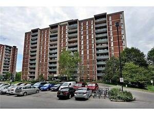 SPACIOUS 3 BEDROOM CONDO NEAR Mc MASTER UNIVERSITY