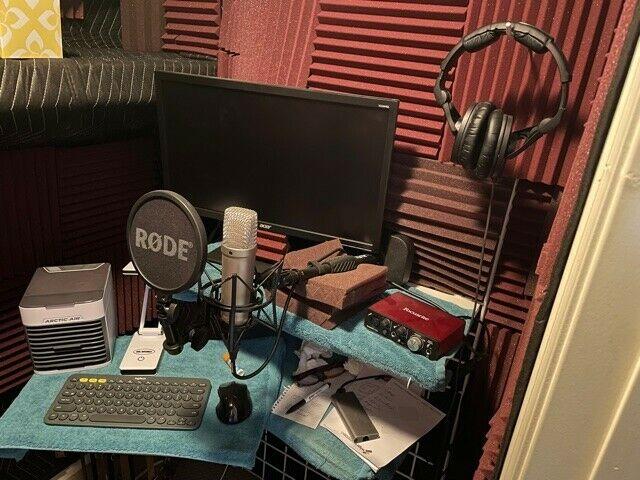 Voice Studio Kit -Rode NT1-A Mic, Focusrite Solo Interface, Sennheiser HD280PRO