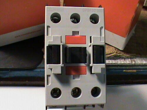 <>LOVATO DPBF32-00-D024  CONTACTOR 24 VDC