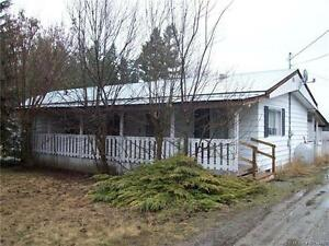 17 Pemberton Rd, Lumby BC - Mobile Home on Deeded Land!