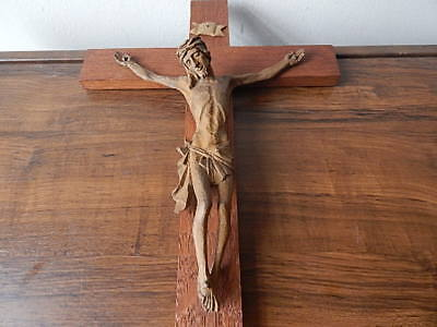 19 3/4 INCH TALL HAND CARVED WOOD JESUS/INRI SCULPTURE CROSS/CRUCIFIX INTNL SALE