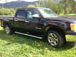 2013 GMC Sierra 1500 SLT Truck Fully Loaded Leather with Extras