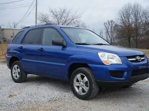 2009 Kia Sportage 4WD = MANUAL TRANSMISSION = WELL MAINTAINED
