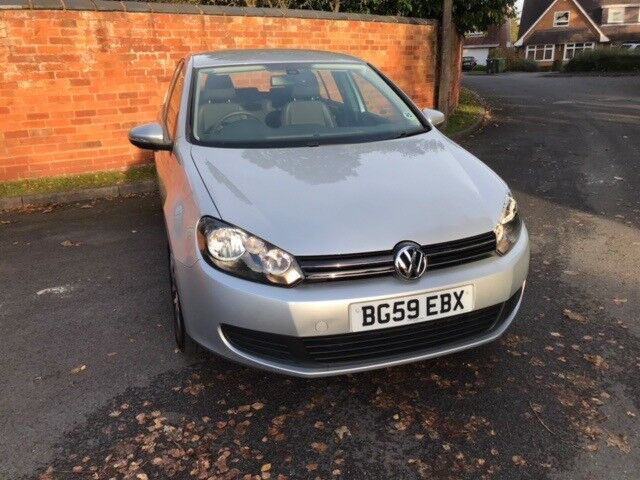 2009 Volkswagen Golf 1.6 Silver 42000 Miles RECENT MOT AND SERVICE