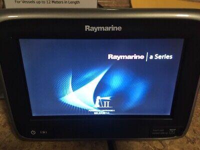 Raymarine E70167 chart plotter