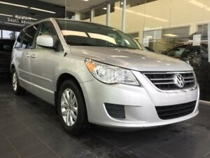 2012 Volkswagen Routan SE, HEATED SEATS, DVD, POWER DOORS