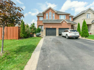 Mississauga-Semi + Basement Apartment-Near GO Station