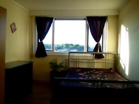 DOUBLE ROOM TO RENT. WITH DOUBLE OR 2 SINGLE BEDS. CALL 07455890495 AFTER 10am. FOR DETAILS.