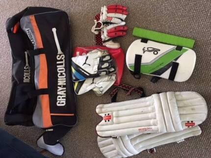 Cricket Gear the lot