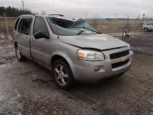 parting out 2005 Chevrolet uplander