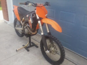 2009 ktm 250sxf just sitting with owership