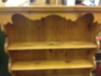 wall mounted pine plate rack