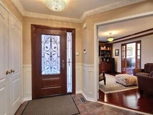 AMAZING 4+1Bedroom Detached House @MISSISSAUGA $1,175,000 ONLY