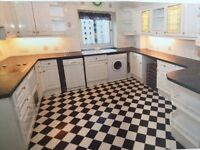 White Country style kitchen for sale - Buyer to remove