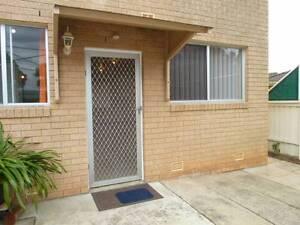 Granny Flat For Rent - Bradbury Bradbury Campbelltown Area Preview