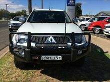 2013 Mitsubishi Triton MN MY13 GLX-R (4x4) White 5 Speed Manual 4x4 Dual Cab Utility Young Young Area Preview