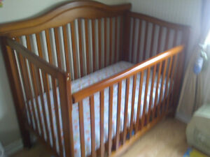 Baby Crib and Dresser - Combo. Will not seperate