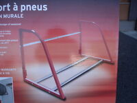 Support à pneus murale Tire rack wall-mounting
