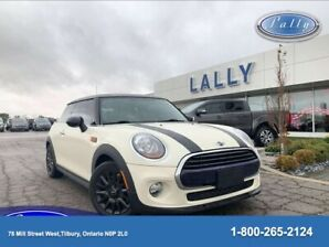 2016 Mini Cooper Hardtop Moonroof, Leather, Only 53886 kms!